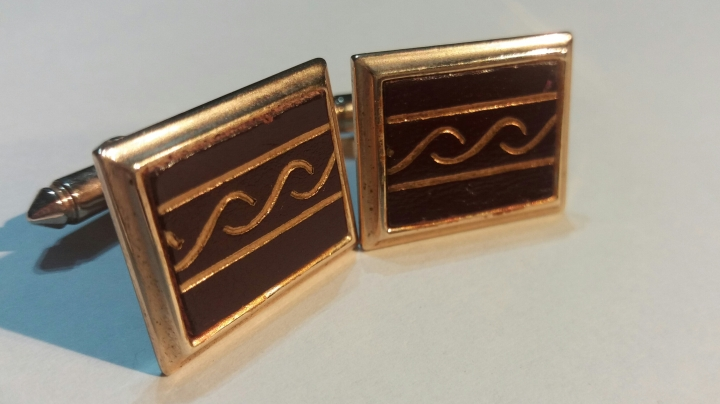 Vintage 1980s Cufflinks - Goldtone & Brown Jewelry Shirt Accessory Cuff Links