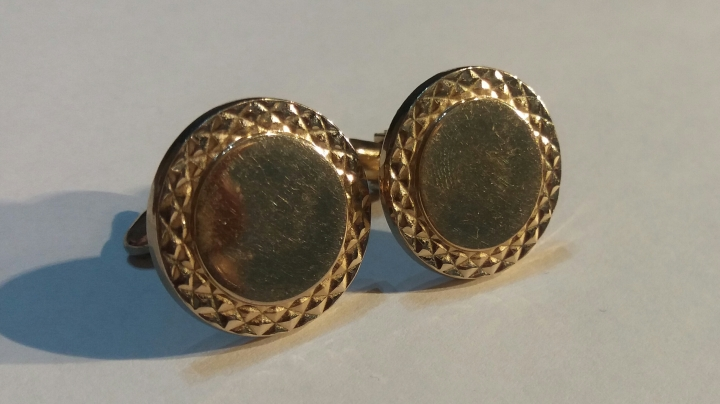 Vintage 1980s Cufflinks - Round Goldtone Jewelry Shirt Accessory