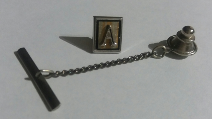 Vintage 1940s SWANK Tie Pin Tack – Silvertone – Initial A