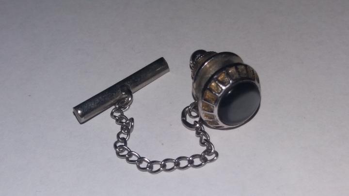 SOLD: Vintage SWANK Tie Pin Tack – Silvertone & BlackCabachon