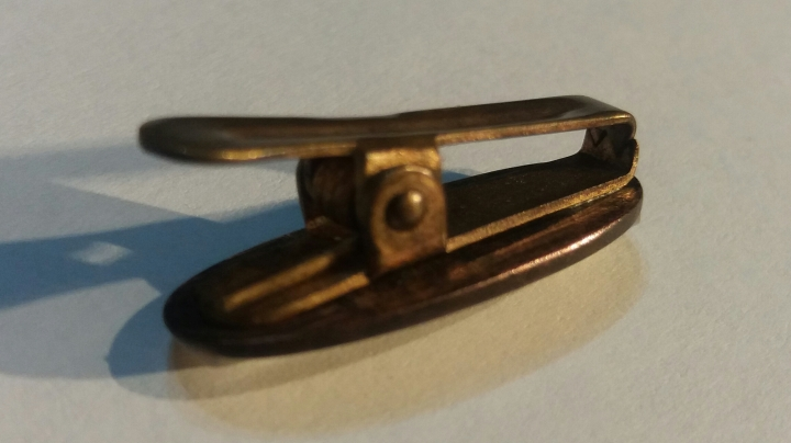 Vintage 1920s Art Deco Goldtone White Cravat Clip Tie Clasp