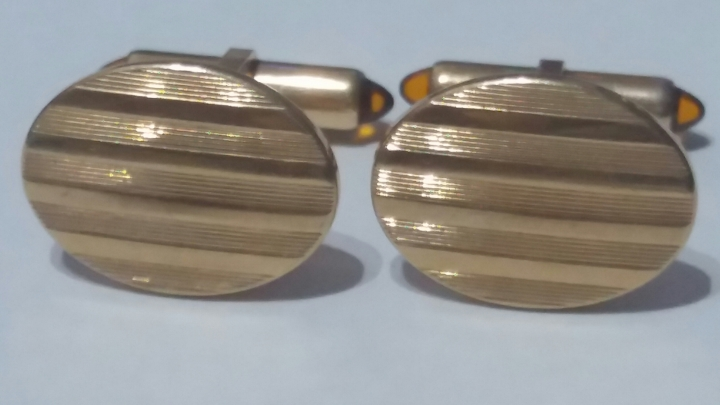 Vintage Cufflinks 1960s KREMENTZ Goldtone – Decorative Front – AmberStones