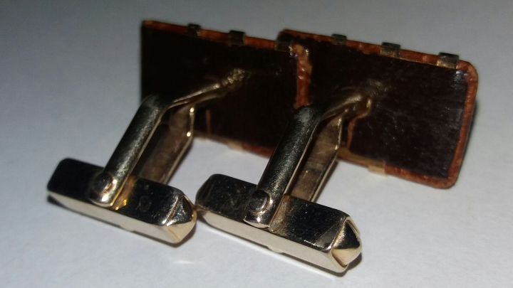 Vintage Cufflinks 1940s SWANK - Goldtone & Brown Alligator Skin