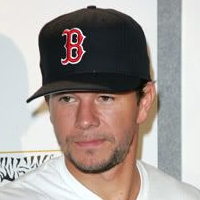 Wearing Hats - Baseball Cap Mark Wahlberg