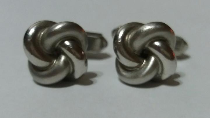 Vintage 1930s SWANK Cufflinks, Silvertone Celtic Knot