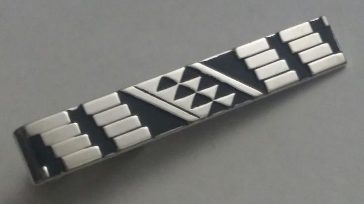 223166-F Vintage Tie Clasp 1970s SWANK Geometric Black & Silvertone Tie Clip Bar