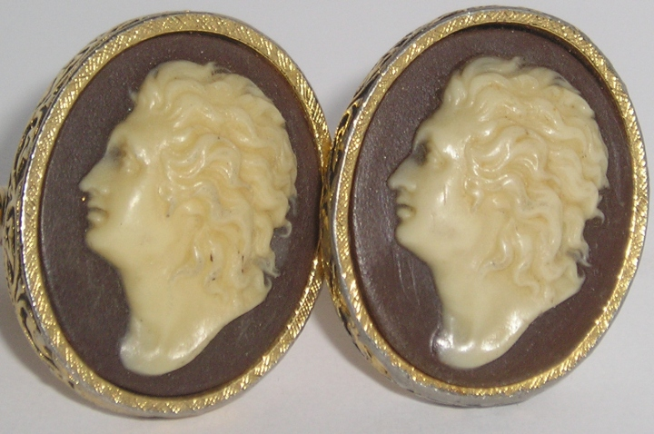 Vintage DANTE Mens Gold-Tone Cuff Links BEETHOVEN
