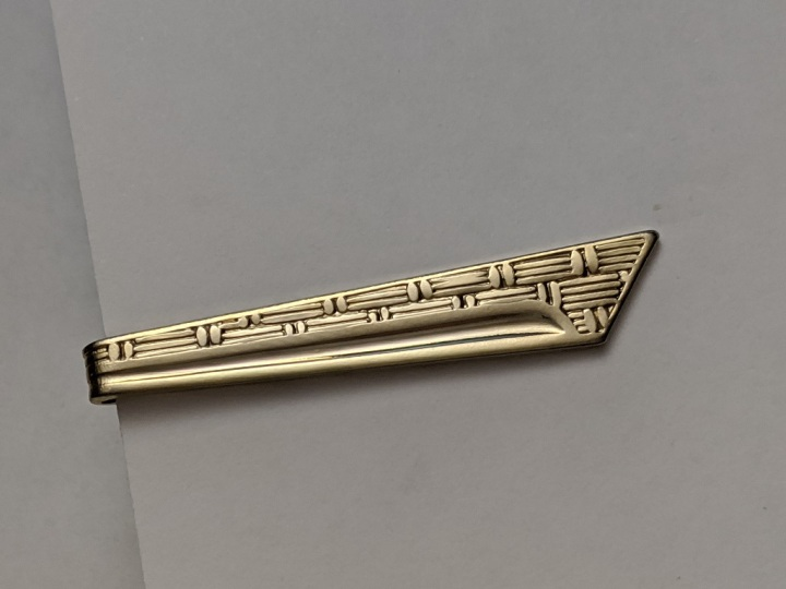 229213 Vintage Tie Clasp 1960s Angled Goldtone Tie Clip Bar